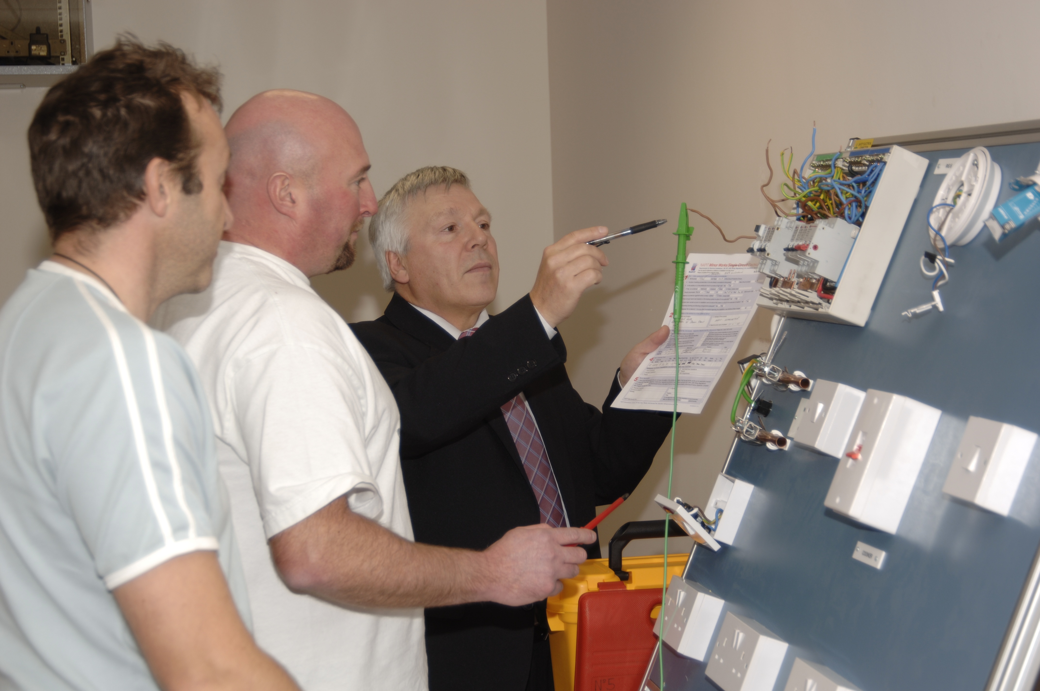 Iee 16th Edition Wiring Regulations Inspection Testing And Certification